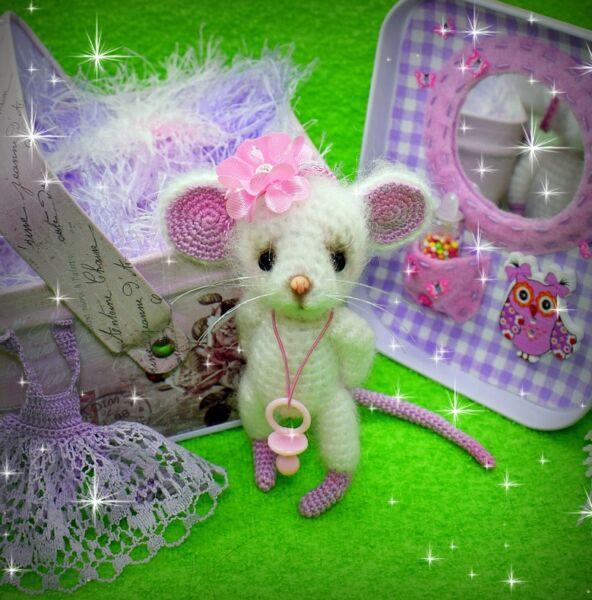 Вязаные мышки и крысы крючком со схемами и описанием. Мастер-классы игрушек амигуруми для начинающих этап 22
