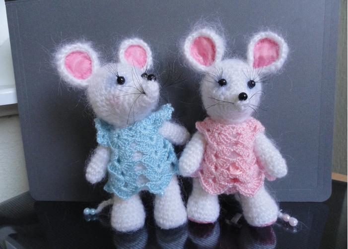 Вязаные мышки и крысы крючком со схемами и описанием. Мастер-классы игрушек амигуруми для начинающих этап 102