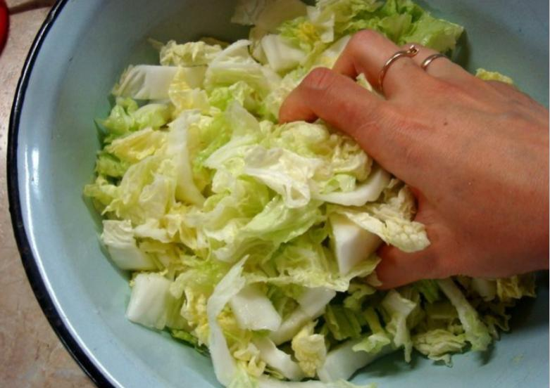 Маринованная капуста пилюска — 6 рецептов быстрого приготовления вкусной капусты этап 28