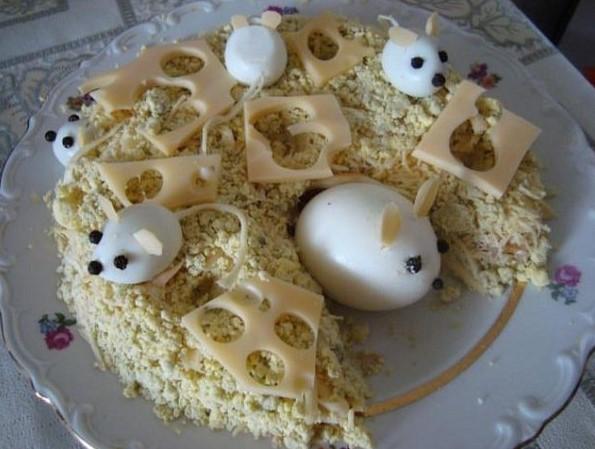 Салат в виде крысы (мышки) на Новый год 2020. Топ 8 рецептов новогодних салатов этап 39