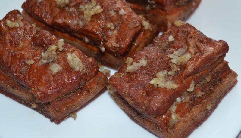 Как сварить сало в луковой шелухе? 7 самых вкусных рецептов этап 6