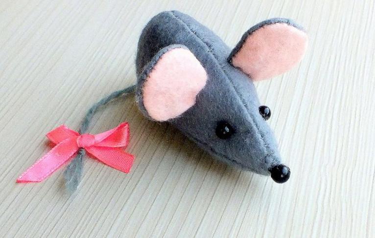 Крыса (мышь) своими руками на Новый год — поделки в виде символа года 2020 из разных материалов этап 2