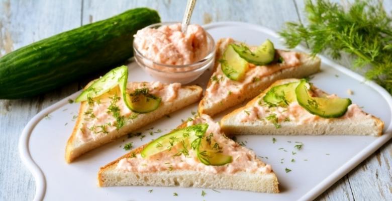Бутерброды с икрой на праздничный стол — 7 простых рецептов этап 16