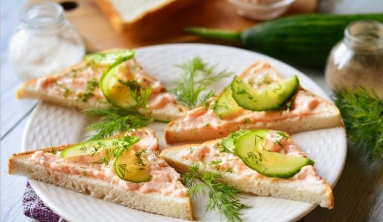 Бутерброды с икрой на праздничный стол — 7 простых рецептов этап 12