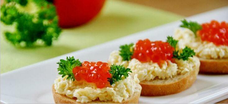 Бутерброды с икрой на праздничный стол — 7 простых рецептов этап 11