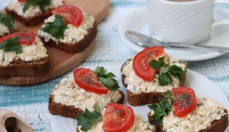 Бутерброды с икрой на праздничный стол — 7 простых рецептов этап 18