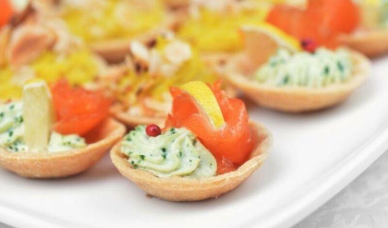 Закуски в тарталетках — 10 простых и вкусных рецептов на праздничный стол этап 23