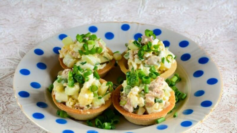 Закуски в тарталетках — 10 простых и вкусных рецептов на праздничный стол этап 61