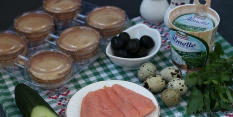 Закуски в тарталетках — 10 простых и вкусных рецептов на праздничный стол этап 16