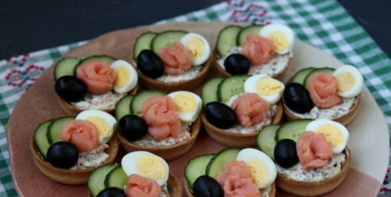 Закуски в тарталетках — 10 простых и вкусных рецептов на праздничный стол этап 21