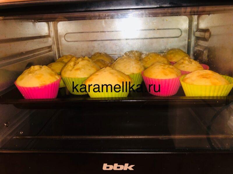 Кексы с бананом в силиконовых формочках (простой рецепт) этап 18