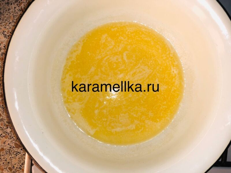 Кексы с бананом в силиконовых формочках (простой рецепт) этап 4