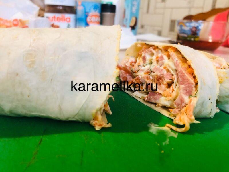 Рулет из лаваша с корейской морковкой и колбасой. Простой рецепт рулета из лаваша с начинкой этап 1