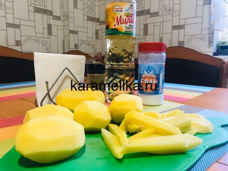 Жареная картошка на сковороде с чесноком (рецепт картофеля с хрустящей корочкой) этап 3