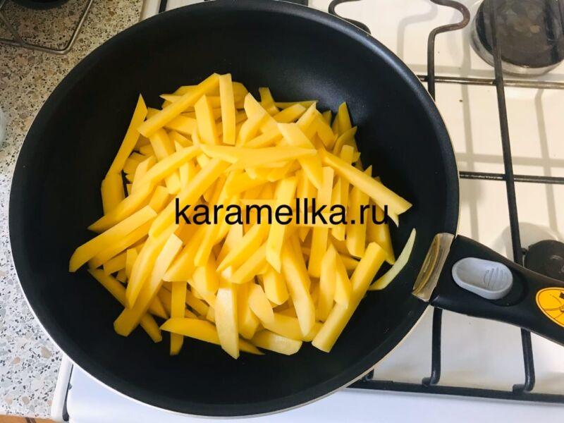 Жареная картошка на сковороде с чесноком (рецепт картофеля с хрустящей корочкой) этап 6