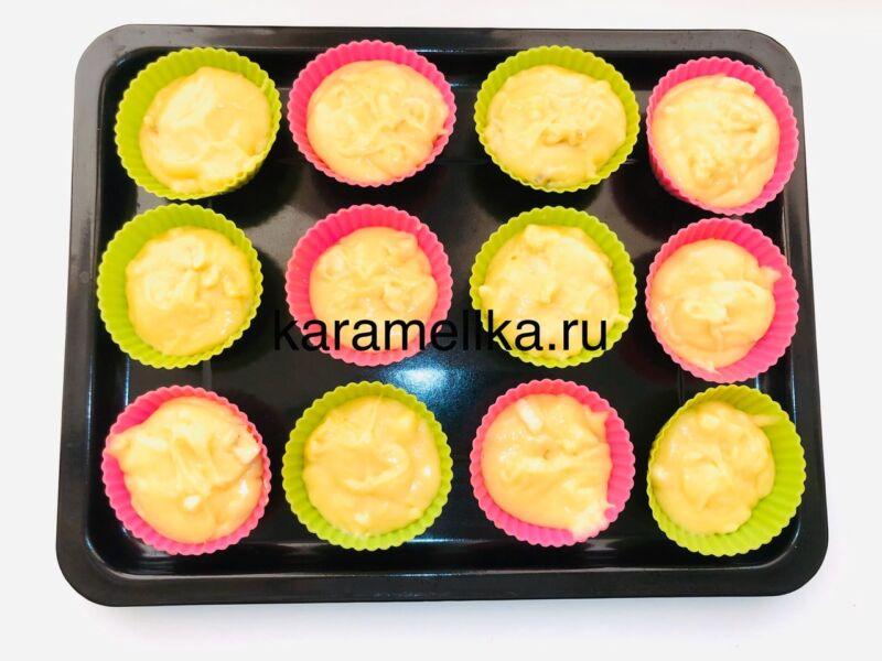 Кексы с бананом в силиконовых формочках (простой рецепт) этап 16