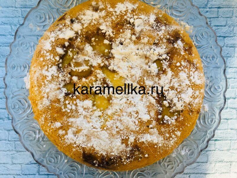 Пышная шарлотка с яблоками в духовке (классический рецепт)