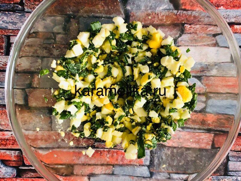 Жареные пирожки с луком и яйцом на сковороде — рецепт на кефире этап 9