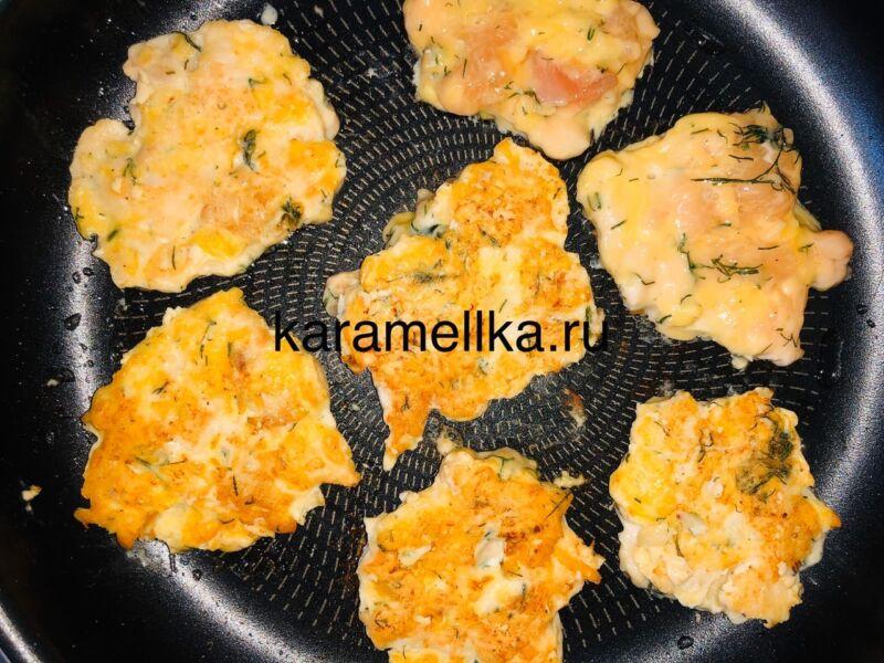 Рубленные котлеты из куриной грудки (сочные, мягкие и потрясающе вкусные) этап 9