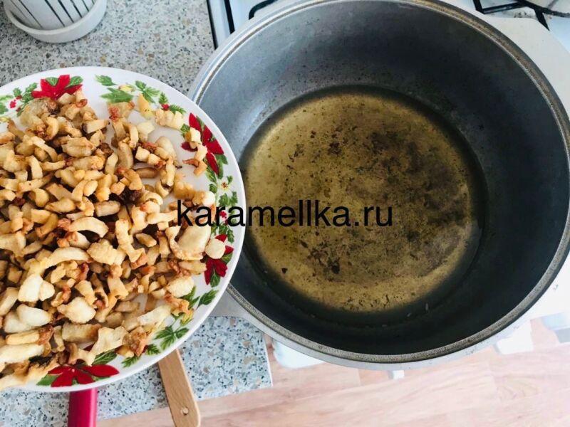 Как приготовить плов из свинины, чтобы рис был рассыпчатым этап 8