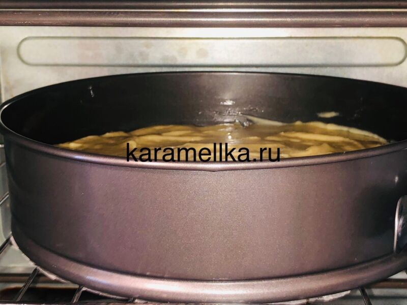 Пирог с яблоками в духовке — быстрый и вкусный рецепт этап 16