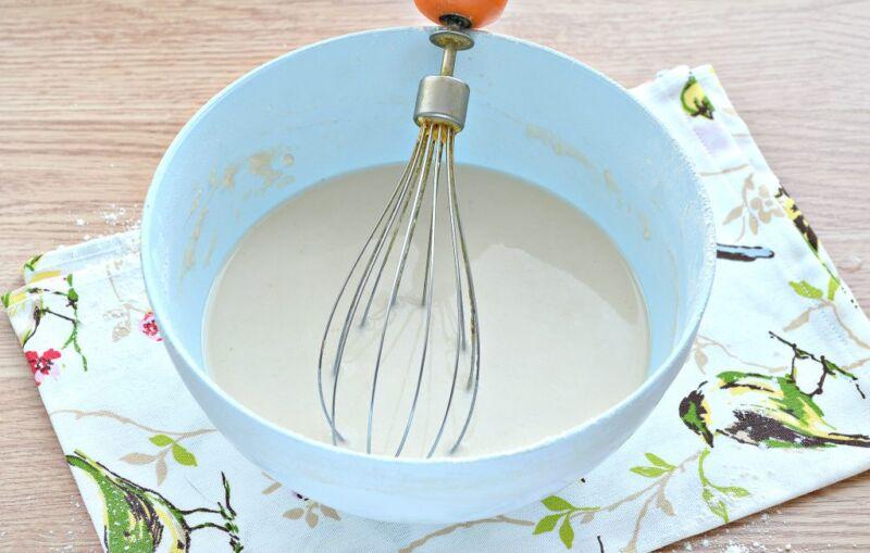 Дрожжевые блины на молоке с дырочками (4 рецепта) этап 13