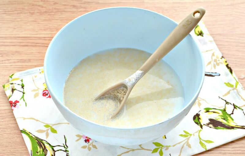 Дрожжевые блины на молоке с дырочками (4 рецепта) этап 11