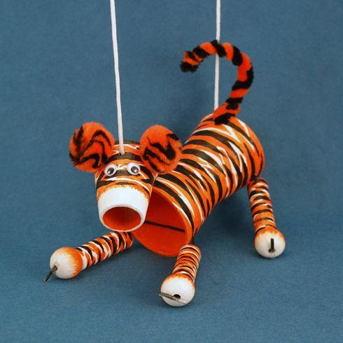 Поделки тигра на Новый год 2022 своими руками из подручных материалов этап 24