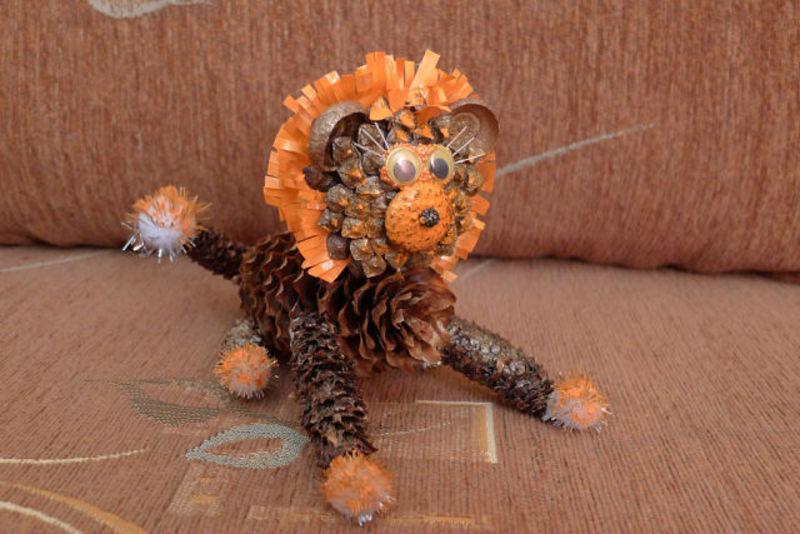 Поделки тигра на Новый год 2022 своими руками из подручных материалов этап 22